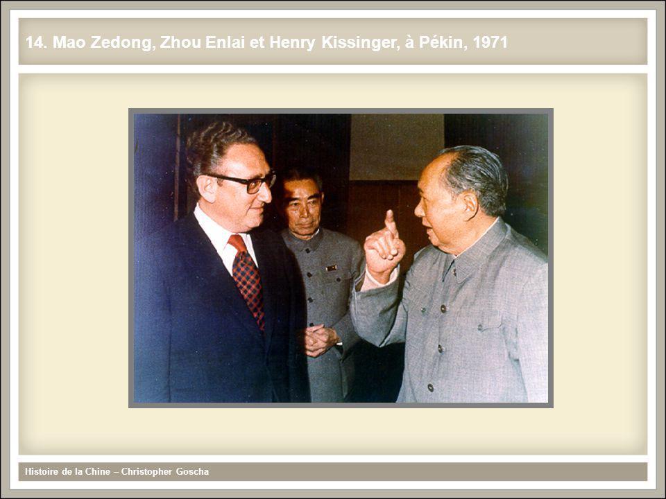 14. Mao Zedong, Zhou Enlai et Henry Kissinger, à Pékin, 1971