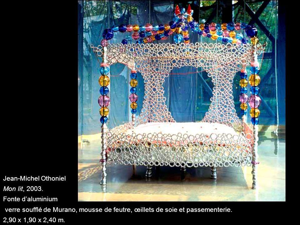 Jean-Michel Othoniel Mon lit, 2003. Fonte d'aluminium