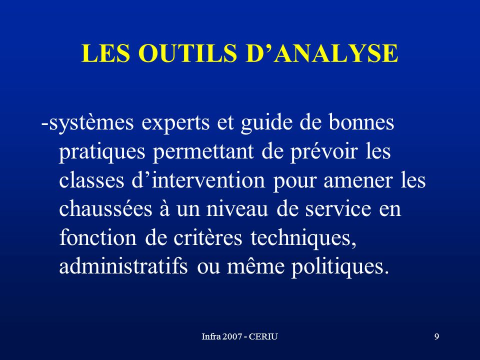 LES OUTILS D'ANALYSE