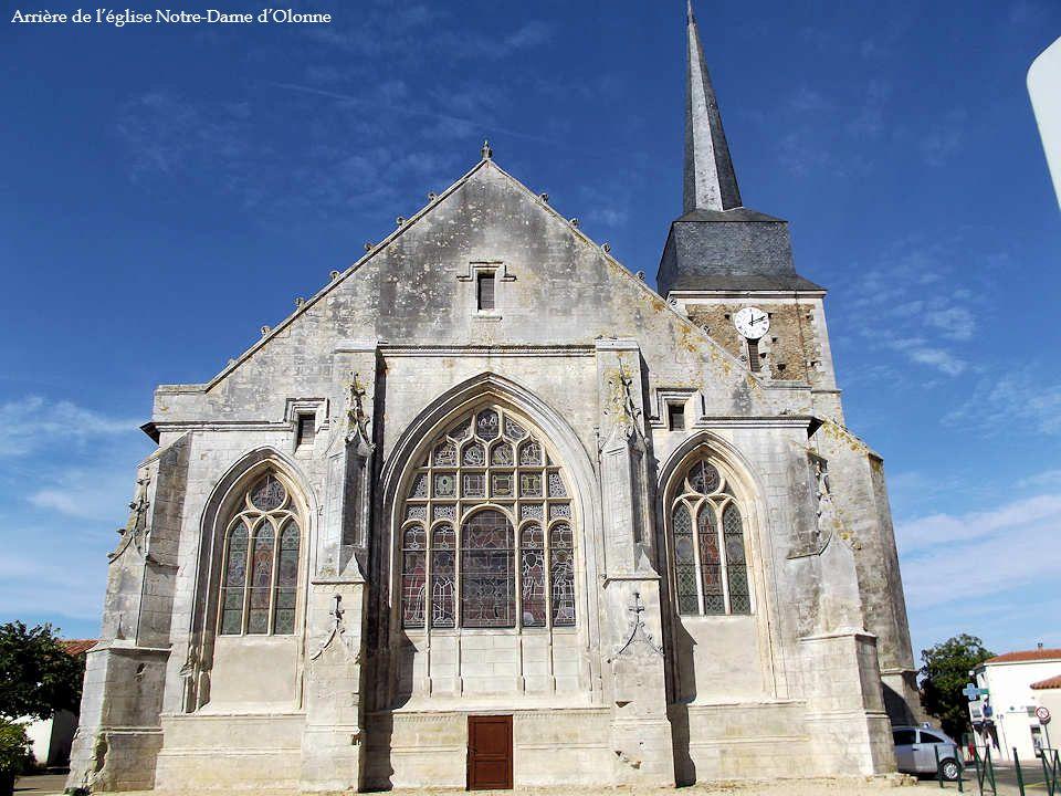 Arrière de l'église Notre-Dame d'Olonne