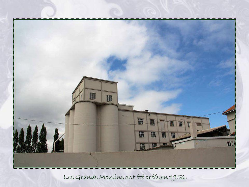 Les Grands Moulins ont été créés en 1956.