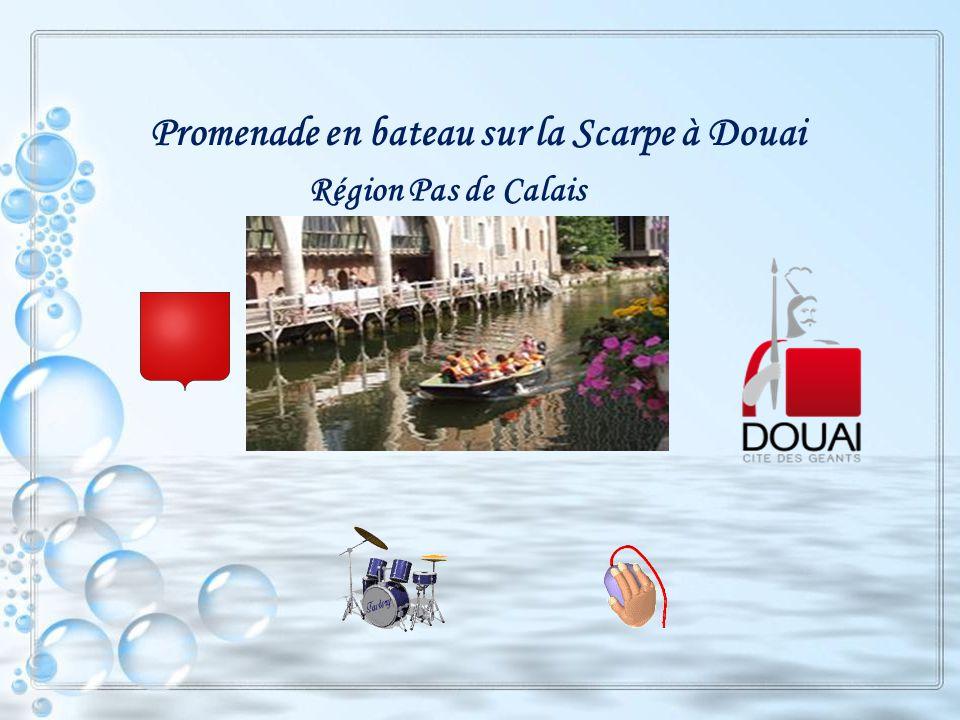 Promenade en bateau sur la Scarpe à Douai