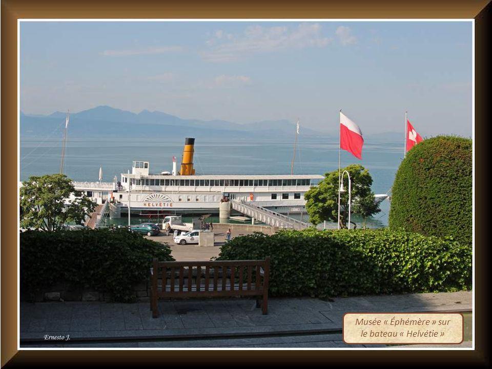 Musée « Éphémère » sur le bateau « Helvétie »