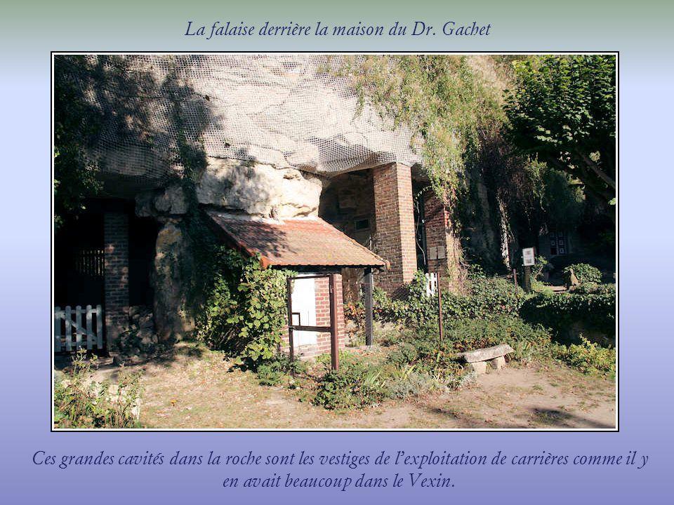 La falaise derrière la maison du Dr. Gachet