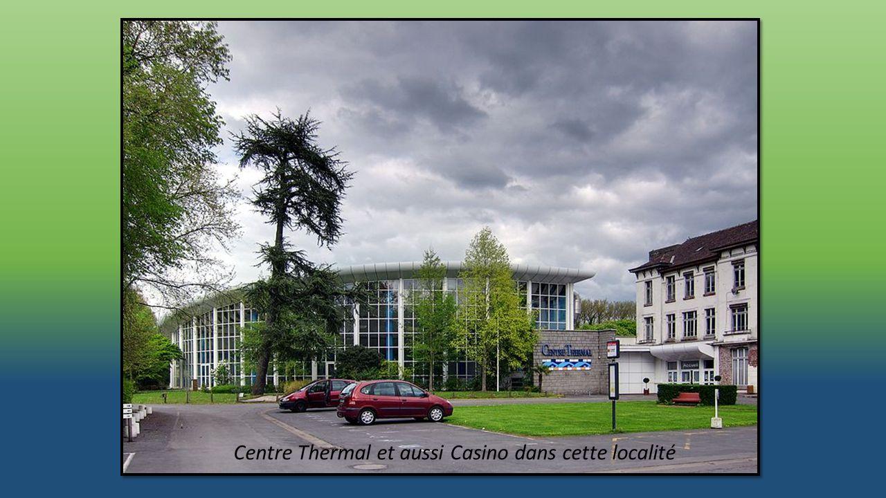 Centre Thermal et aussi Casino dans cette localité