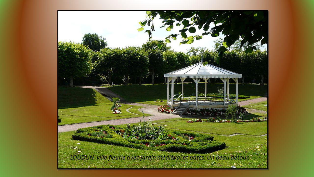 LOUDUN ville fleurie avec jardin médiéval et parcs. Un beau détour.