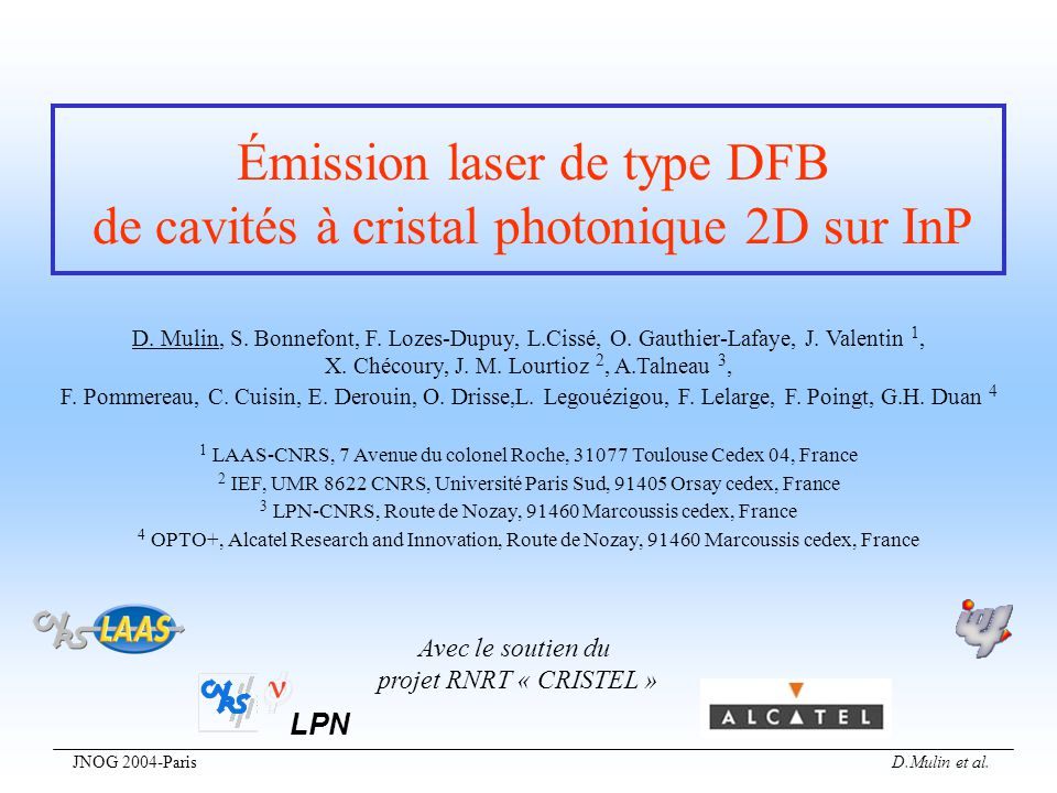 Émission laser de type DFB de cavités à cristal photonique 2D sur InP