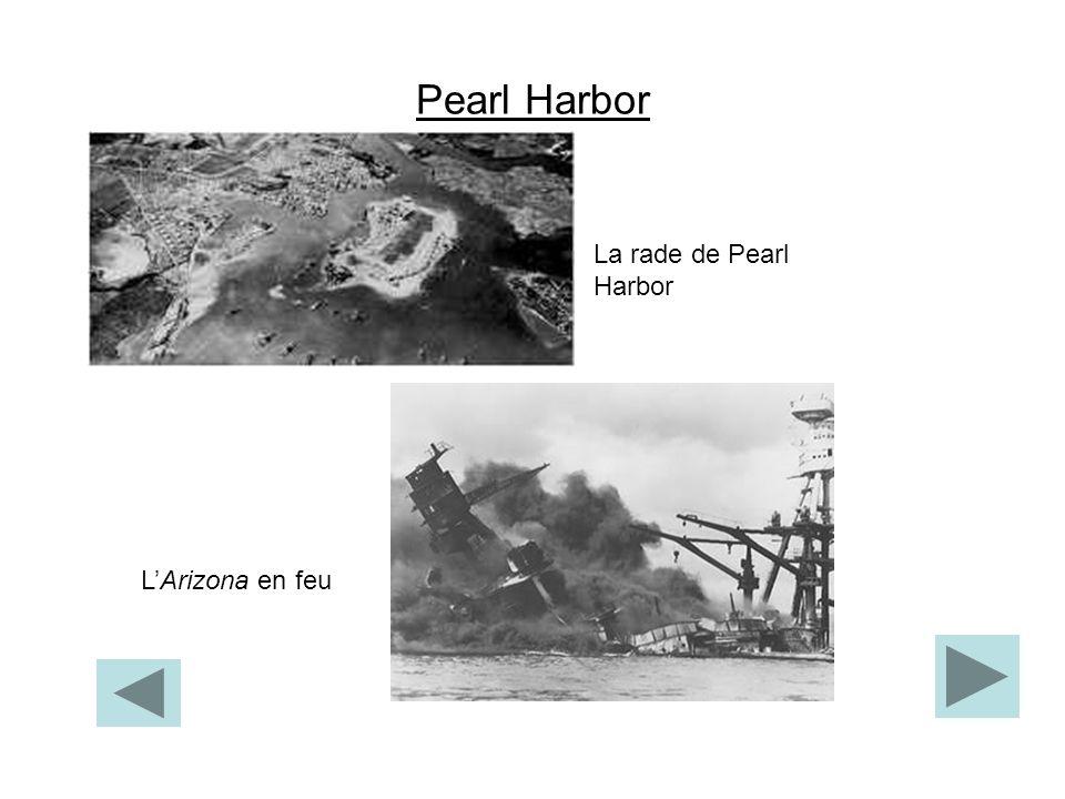Pearl Harbor La rade de Pearl Harbor L'Arizona en feu