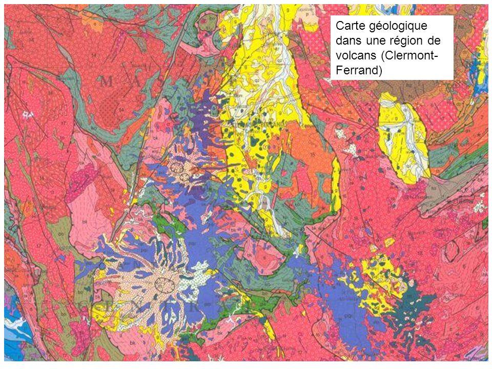 Carte géologique dans une région de volcans (Clermont-Ferrand)