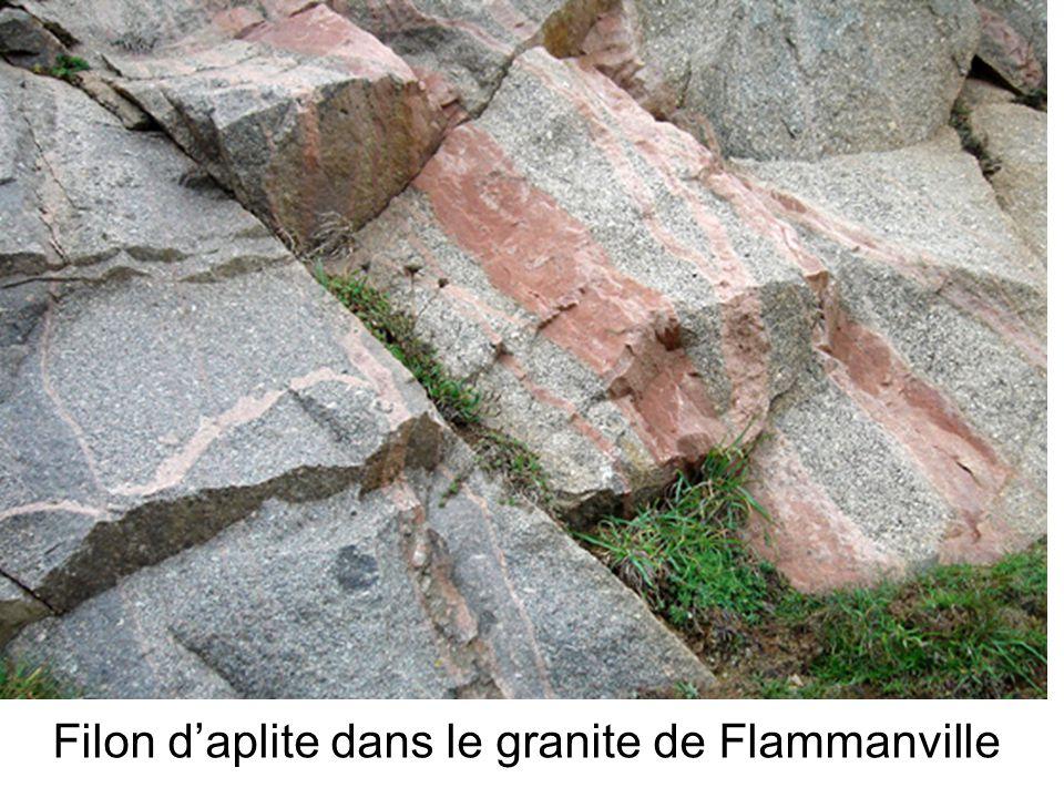 Filon d'aplite dans le granite de Flammanville