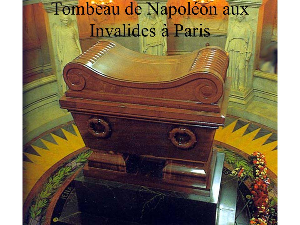 Tombeau de Napoléon aux Invalides à Paris