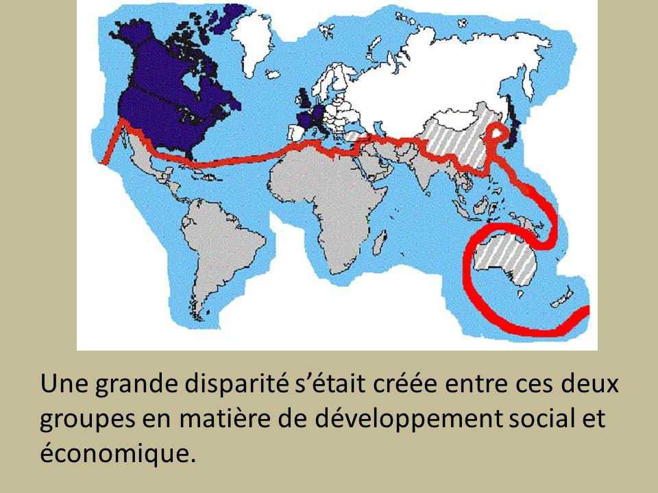 Une grande disparité s'était créée entre ces deux groupes en matière de développement social et économique.
