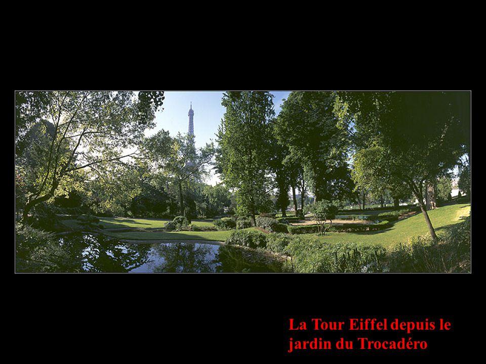 La Tour Eiffel depuis le jardin du Trocadéro