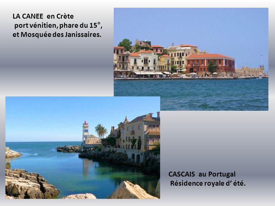 LA CANEE en Crète port vénitien, phare du 15°, et Mosquée des Janissaires.
