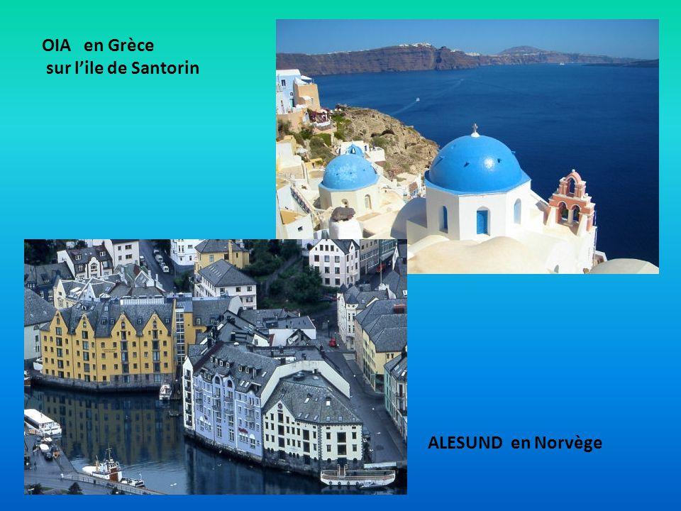OIA en Grèce sur l'ile de Santorin ALESUND en Norvège