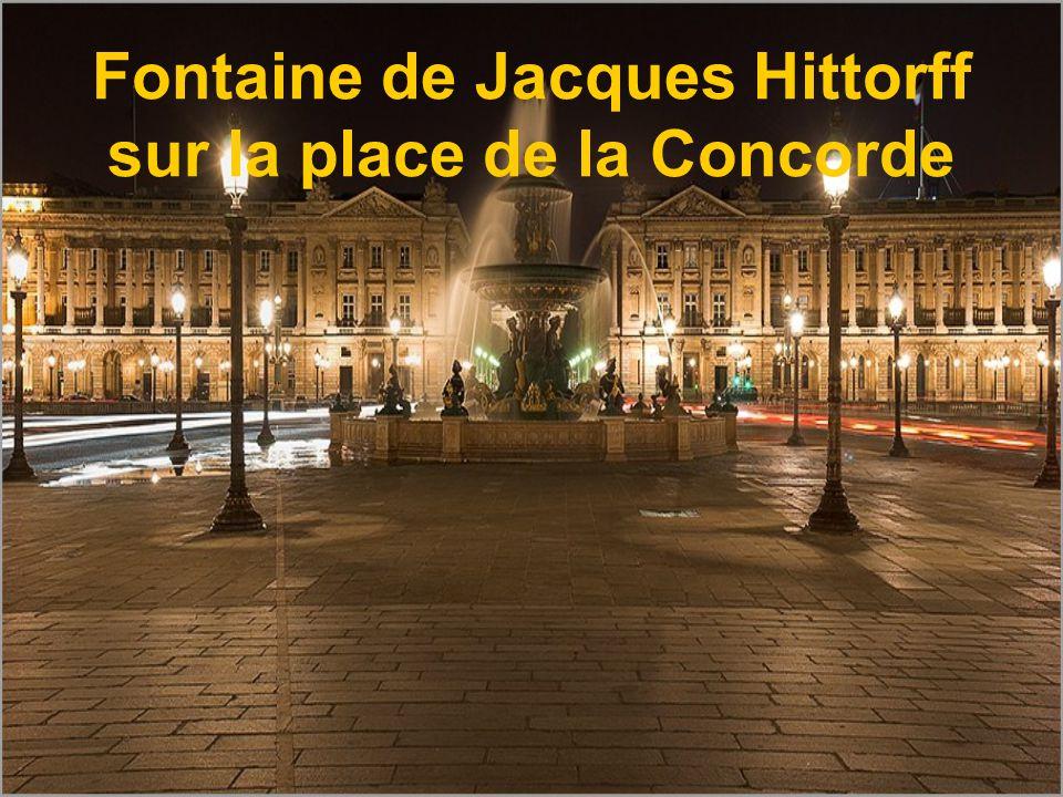 Fontaine de Jacques Hittorff sur la place de la Concorde