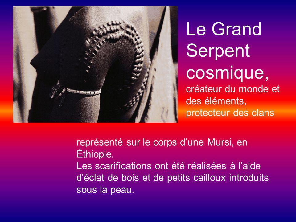 Le Grand Serpent cosmique, créateur du monde et des éléments, protecteur des clans