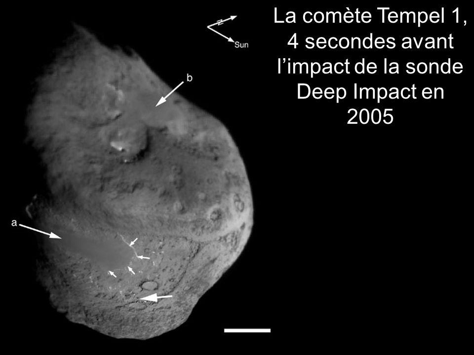 La comète Tempel 1, 4 secondes avant l'impact de la sonde Deep Impact en 2005