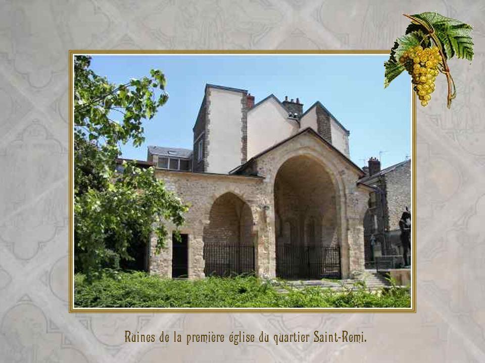Ruines de la première église du quartier Saint-Remi.