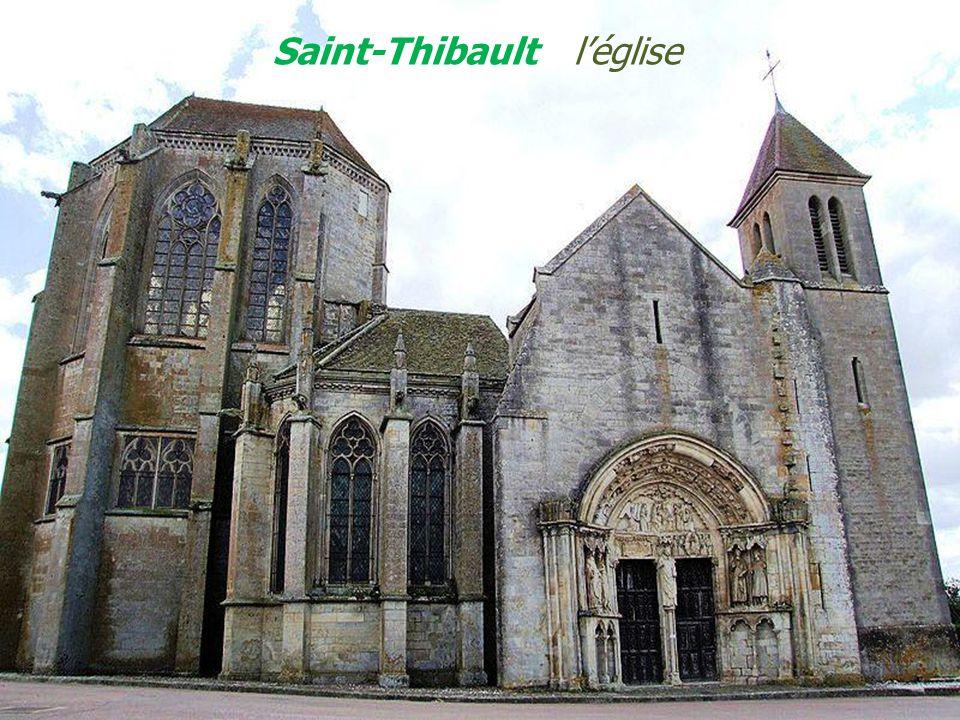 Saint-Thibault l'église