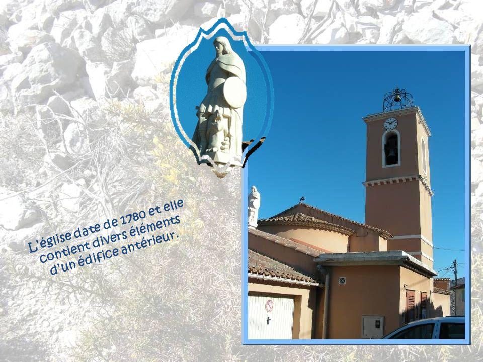 L'église date de 1780 et elle contient divers éléments d'un édifice antérieur.