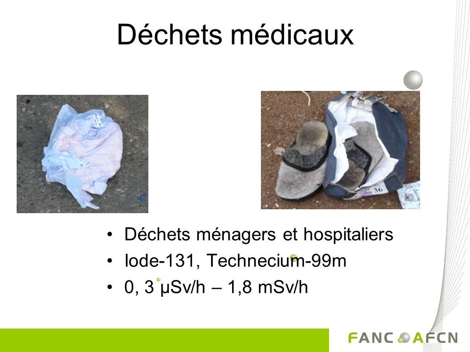 Déchets médicaux Déchets ménagers et hospitaliers