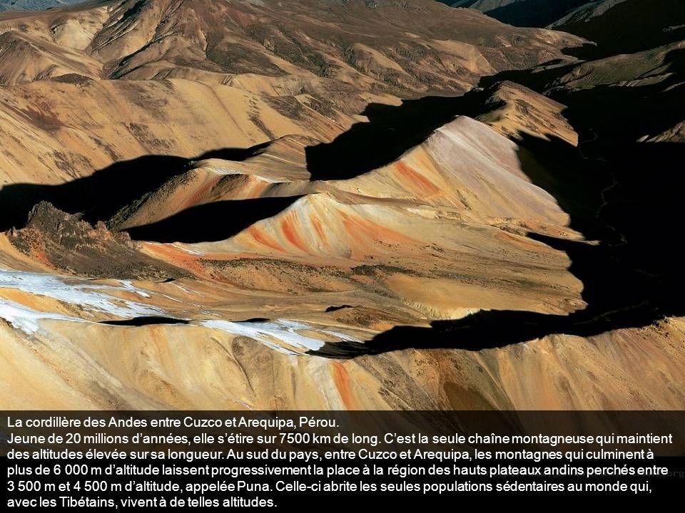 La cordillère des Andes entre Cuzco et Arequipa, Pérou