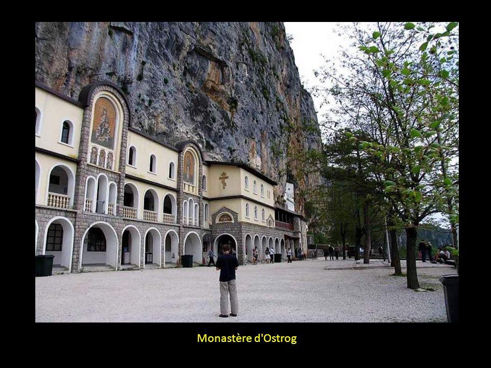 Monastère d Ostrog