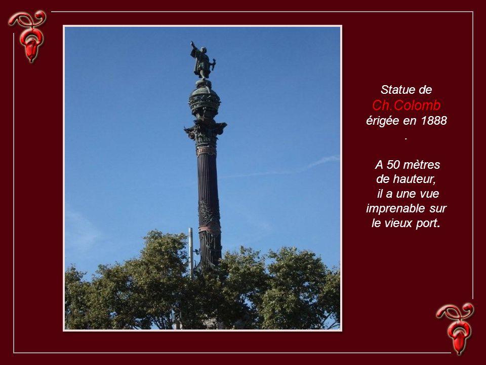 Statue de Ch.Colomb érigée en 1888 .