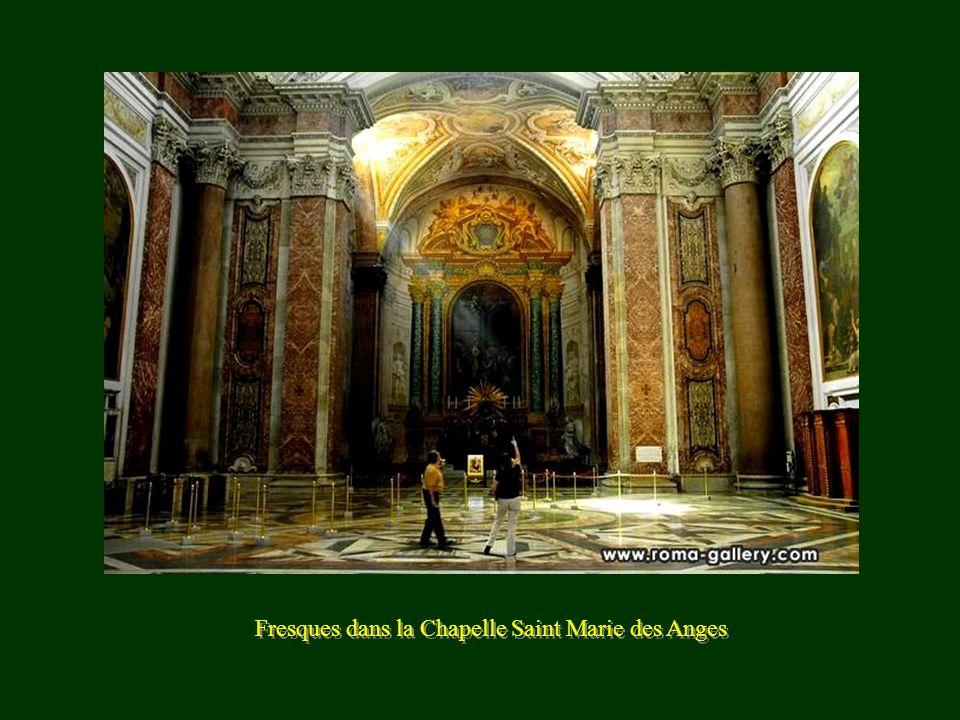Fresques dans la Chapelle Saint Marie des Anges