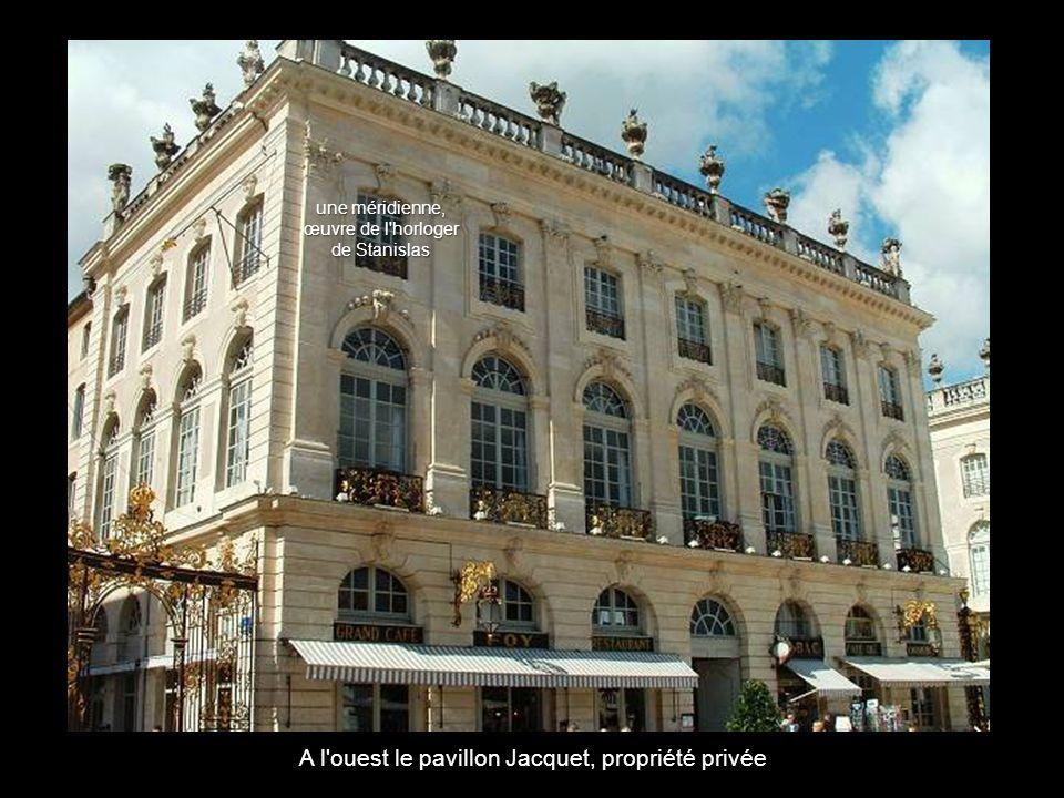 A l ouest le pavillon Jacquet, propriété privée