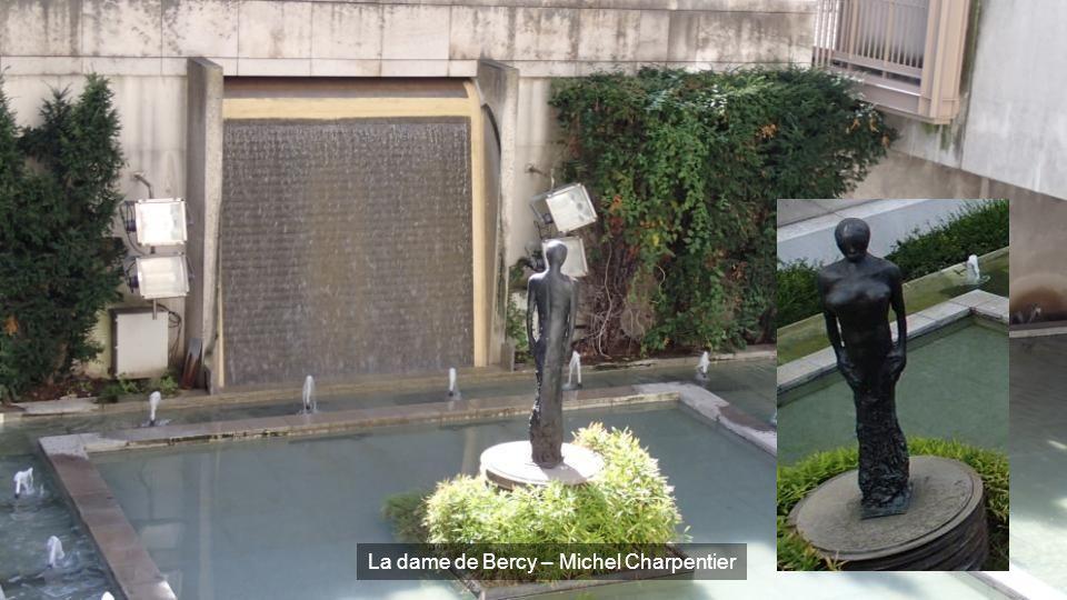 La dame de Bercy – Michel Charpentier