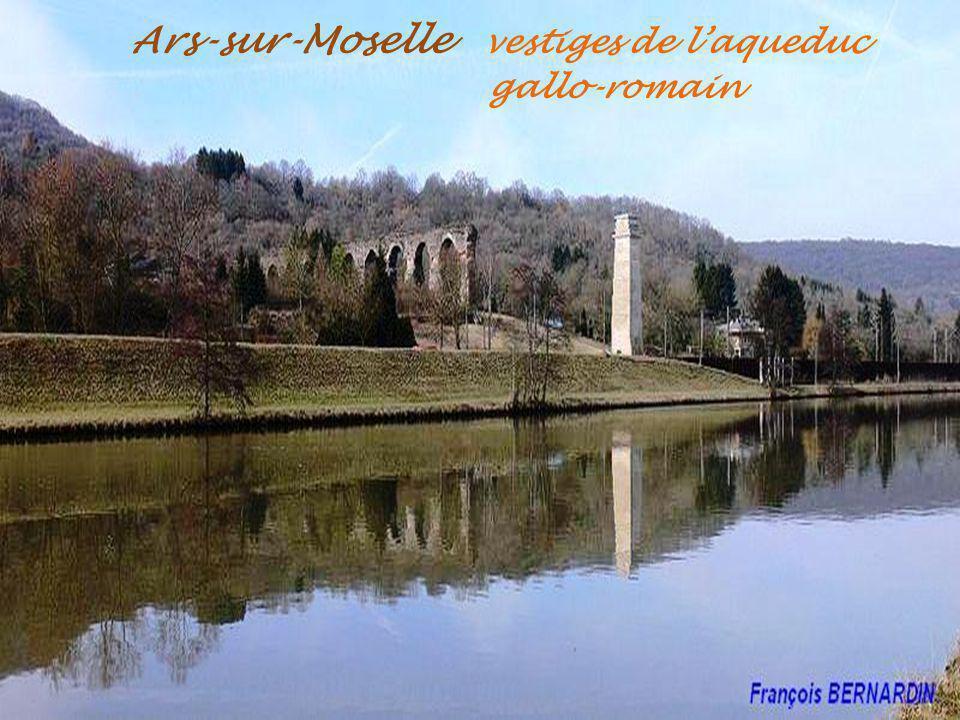 Ars-sur-Moselle vestiges de l'aqueduc . gallo-romain