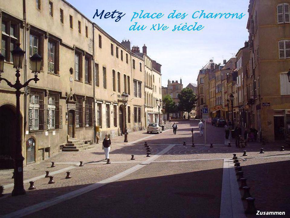 Metz place des Charrons . du XVe siècle