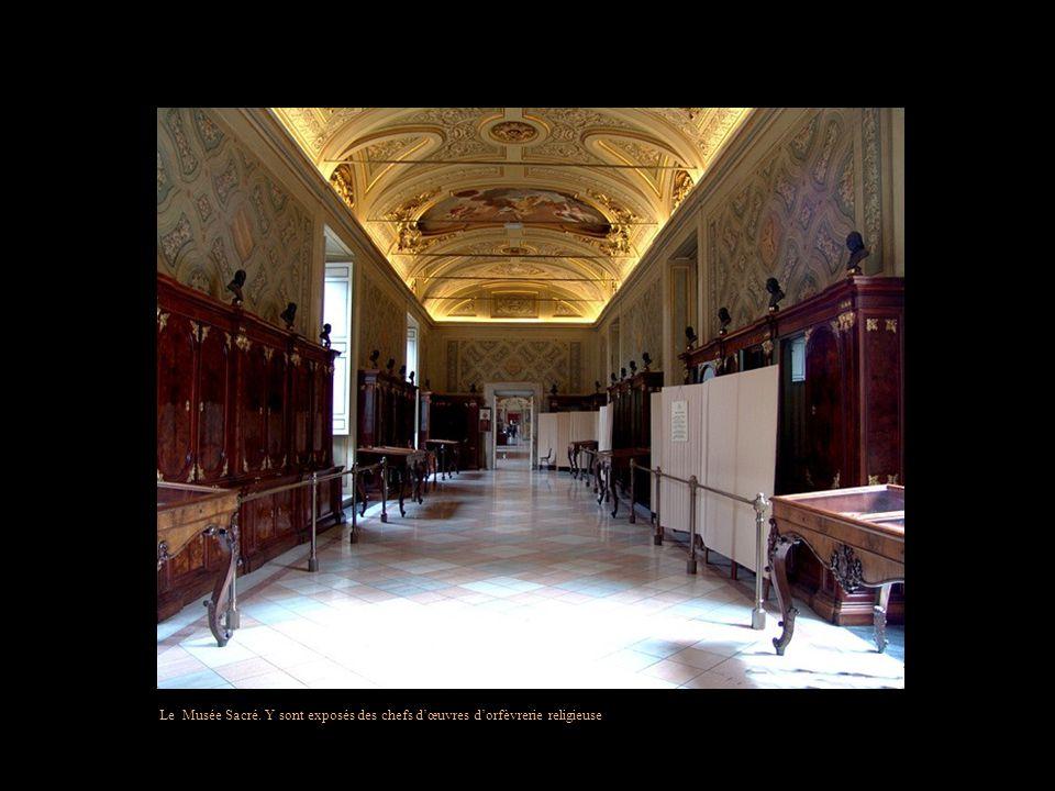 Le Musée Sacré. Y sont exposés des chefs d'œuvres d'orfèvrerie religieuse