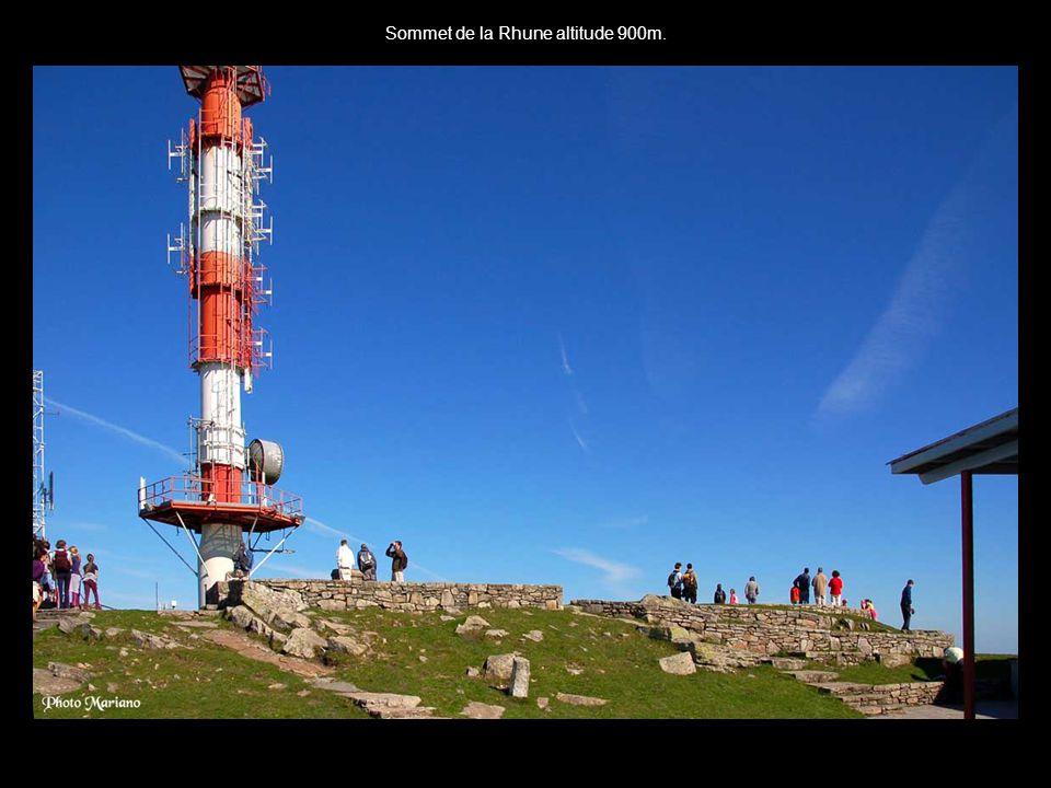 Sommet de la Rhune altitude 900m.