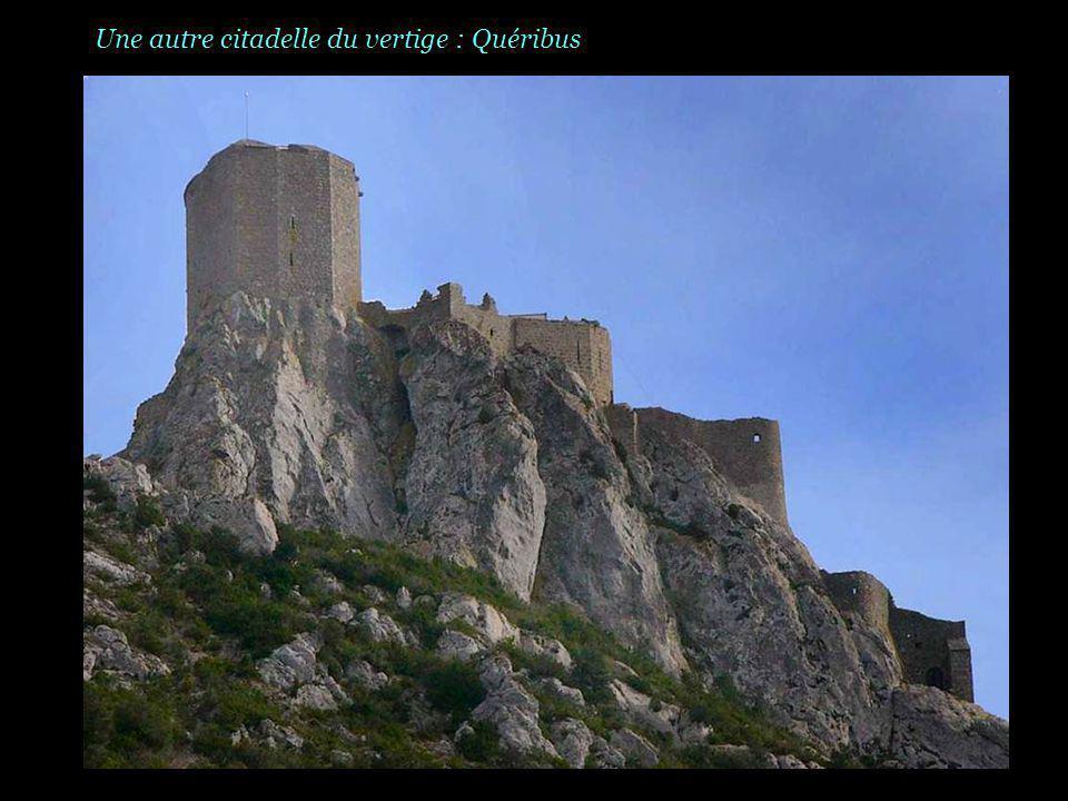 Une autre citadelle du vertige : Quéribus
