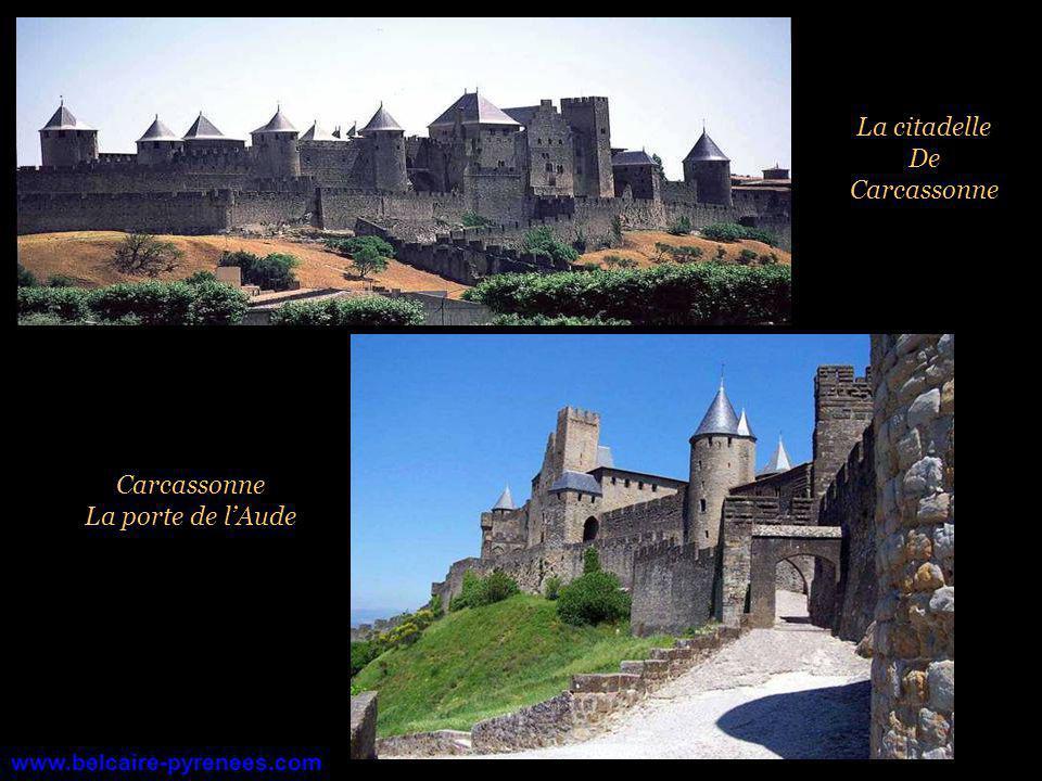 La citadelle De Carcassonne Carcassonne La porte de l'Aude
