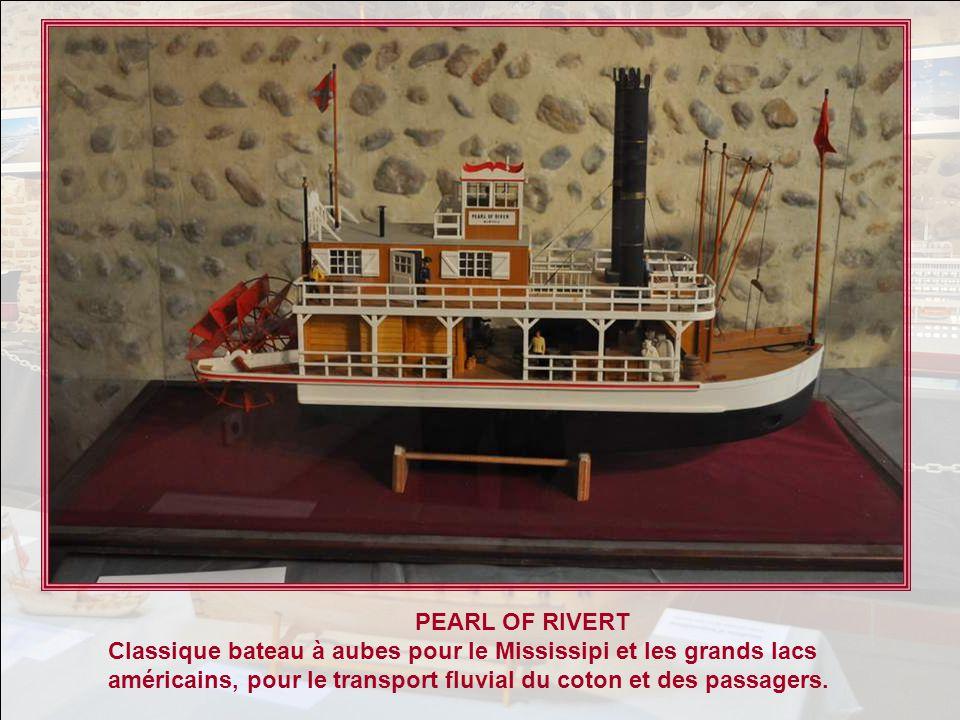 PEARL OF RIVERT Classique bateau à aubes pour le Mississipi et les grands lacs américains, pour le transport fluvial du coton et des passagers.