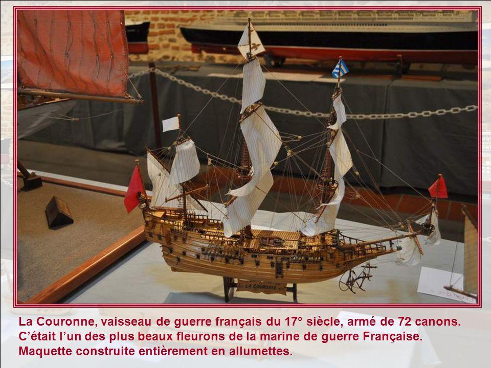 La Couronne, vaisseau de guerre français du 17° siècle, armé de 72 canons.