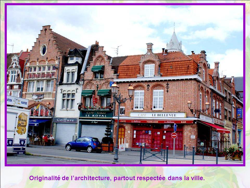 Originalité de l'architecture, partout respectée dans la ville.