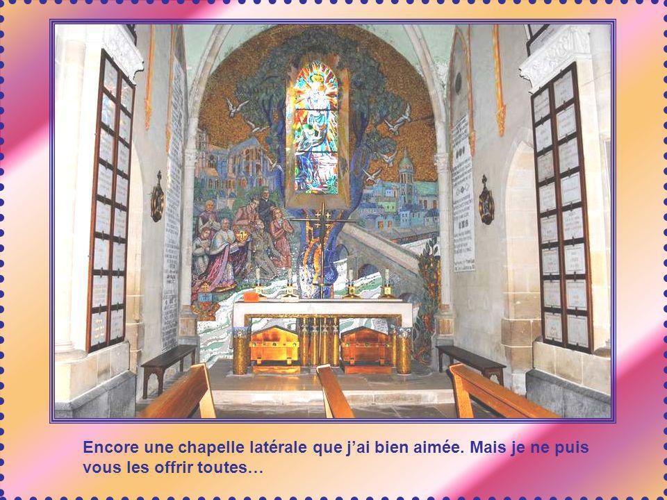 Encore une chapelle latérale que j'ai bien aimée