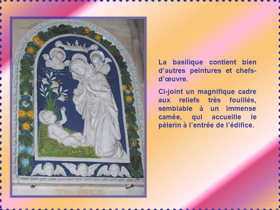 La basilique contient bien d'autres peintures et chefs-d'œuvre.
