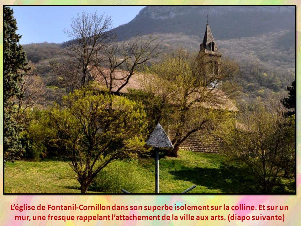 L'église de Fontanil-Cornillon dans son superbe isolement sur la colline.