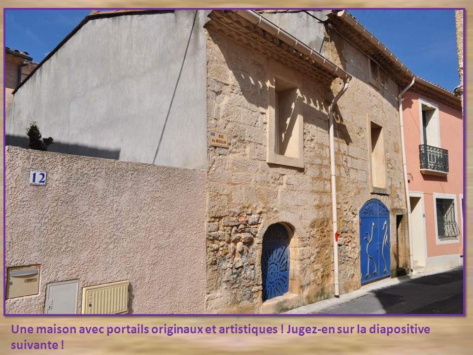 Une maison avec portails originaux et artistiques
