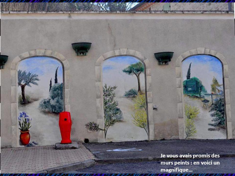 Je vous avais promis des murs peints : en voici un magnifique…