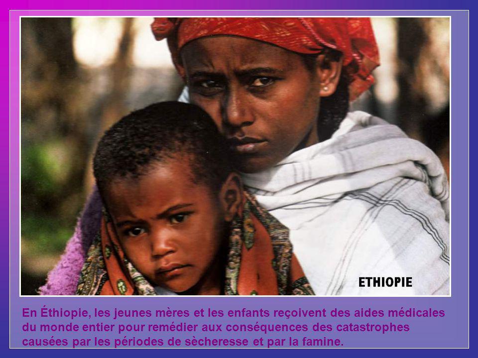 En Éthiopie, les jeunes mères et les enfants reçoivent des aides médicales du monde entier pour remédier aux conséquences des catastrophes causées par les périodes de sècheresse et par la famine.