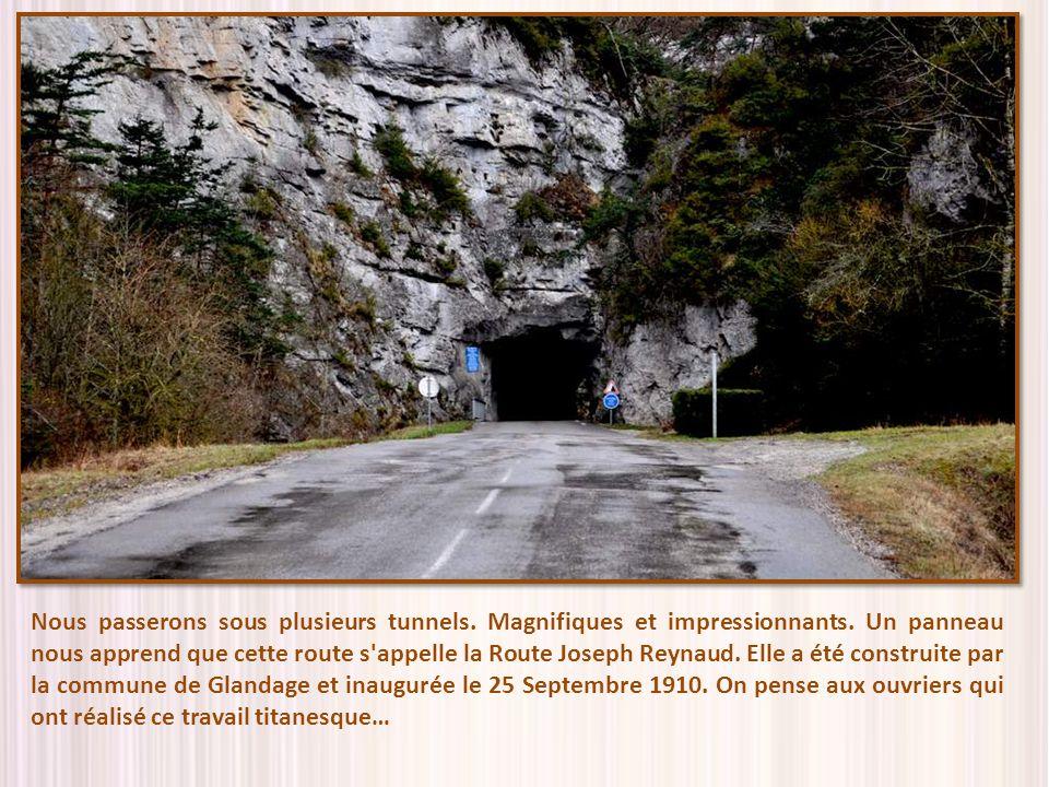 Nous passerons sous plusieurs tunnels. Magnifiques et impressionnants
