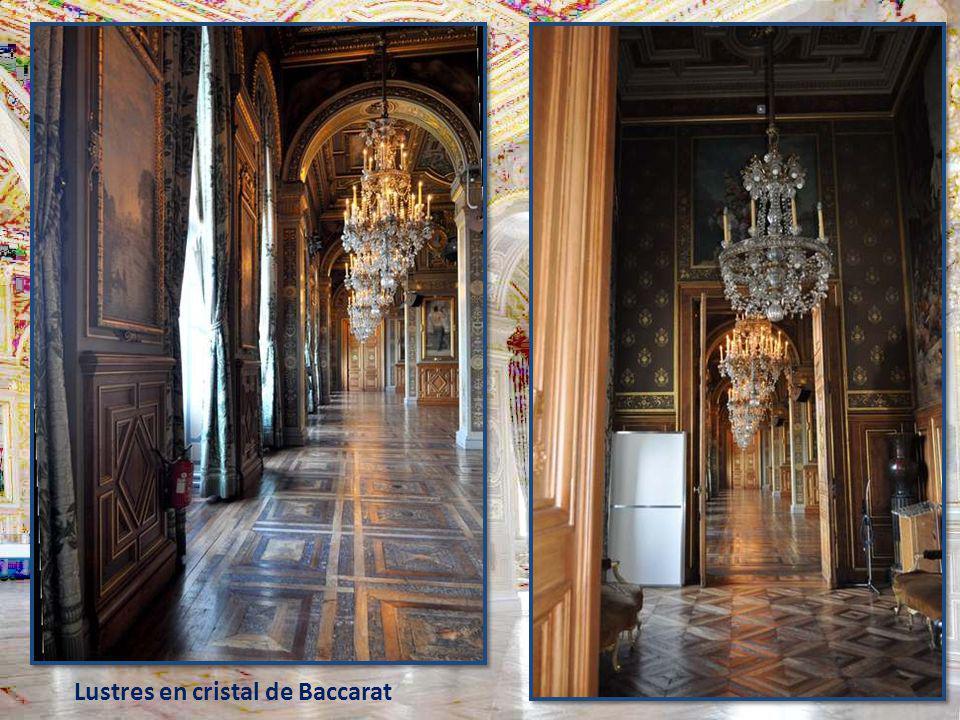 Lustres en cristal de Baccarat