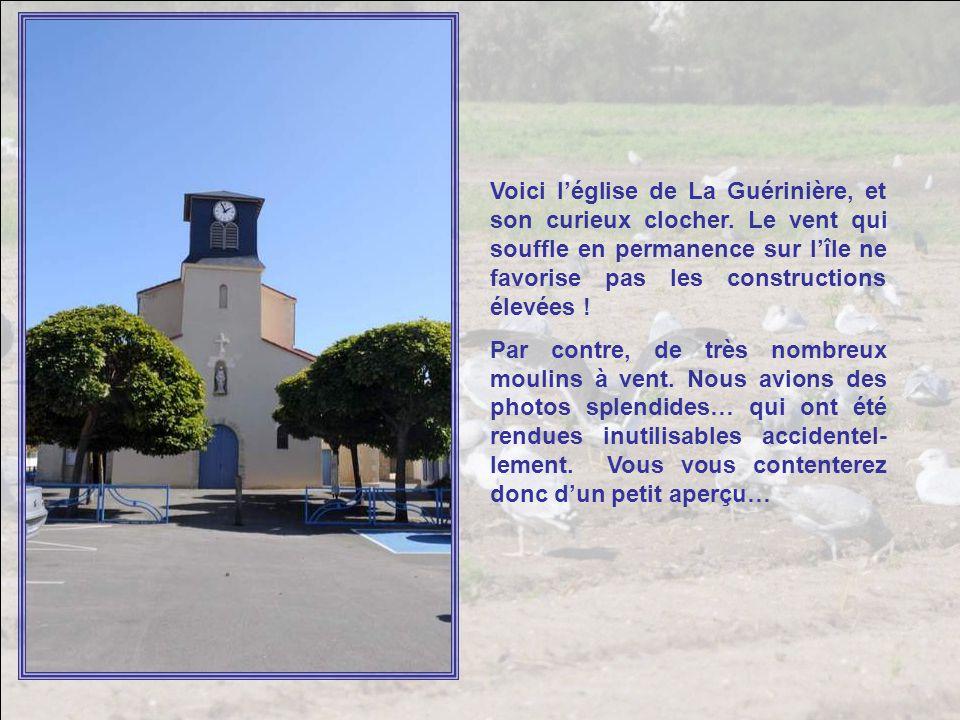 Voici l'église de La Guérinière, et son curieux clocher